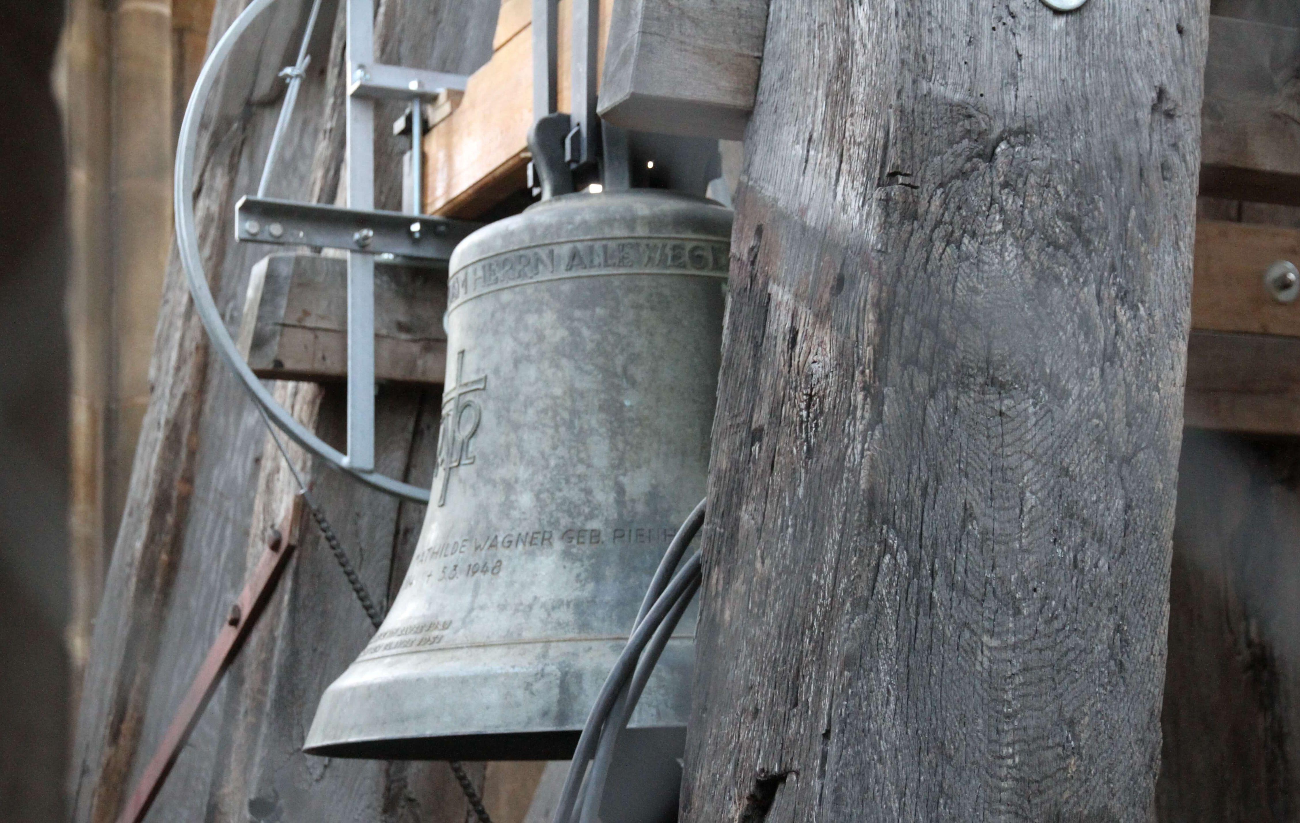 Corona Glocken Läuten